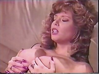 Vintage - Beamy breast retro down in the mouth